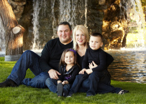 family portrait, lifestyle, outdoor, on-location